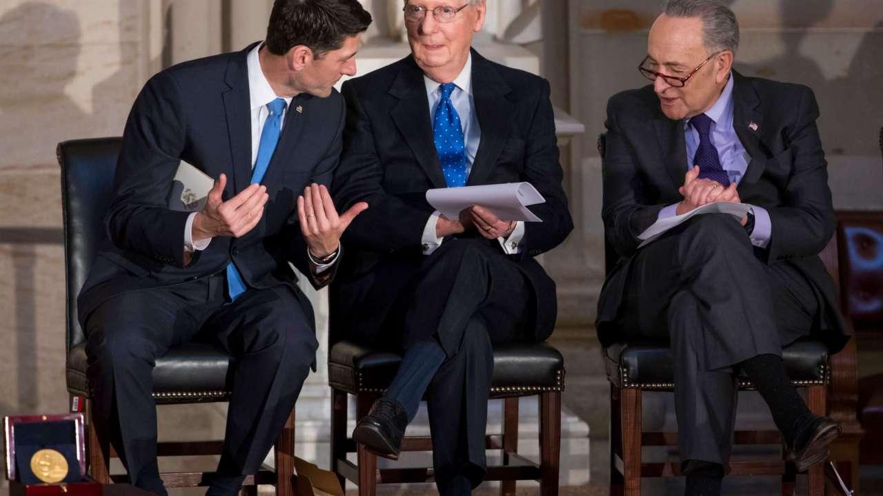 Trump invita a líder demócrata del Senado a negociar