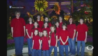 Detienen a pareja que mantuvo en cautiverio a sus 13 hijos