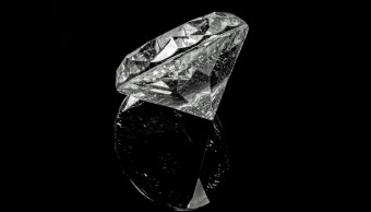 fuegos-artificiales-cenizas-fallecido-diamantes