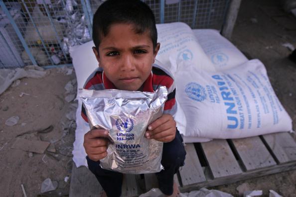 Estados Unidos congela fondos agencia ONU que atiende refugiados palestinos