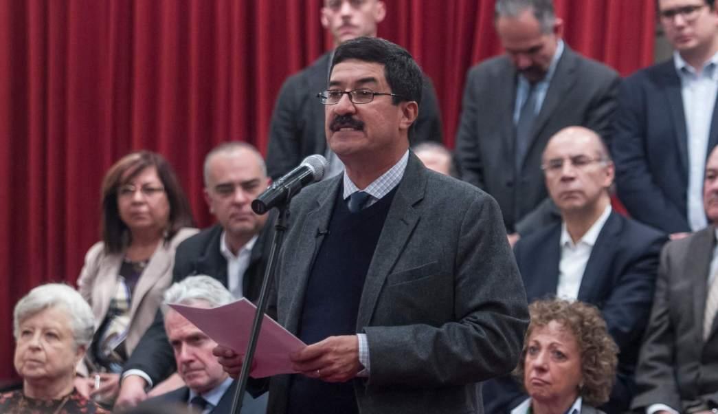Gobierno federal quiere frenar investigación por corrupción, dice Javier Corral