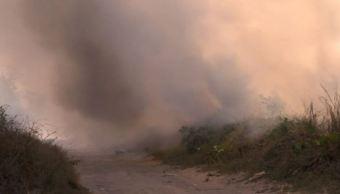 Incendio de basurero amenaza instalaciones de CFE en Veracruz