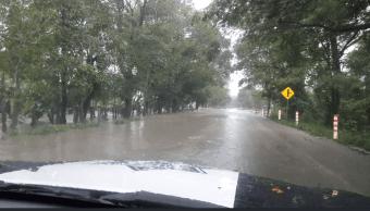 Reabren carretera Villahermosa-Teapa al disminuir inundaciones