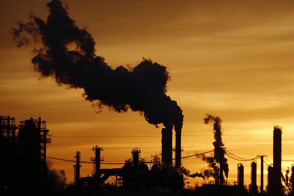 Petróleo mundial cerró este martes en su precio más alto desde 2014
