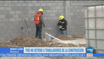 Jornaleros no se detienen ante el intenso frío en Nuevo León