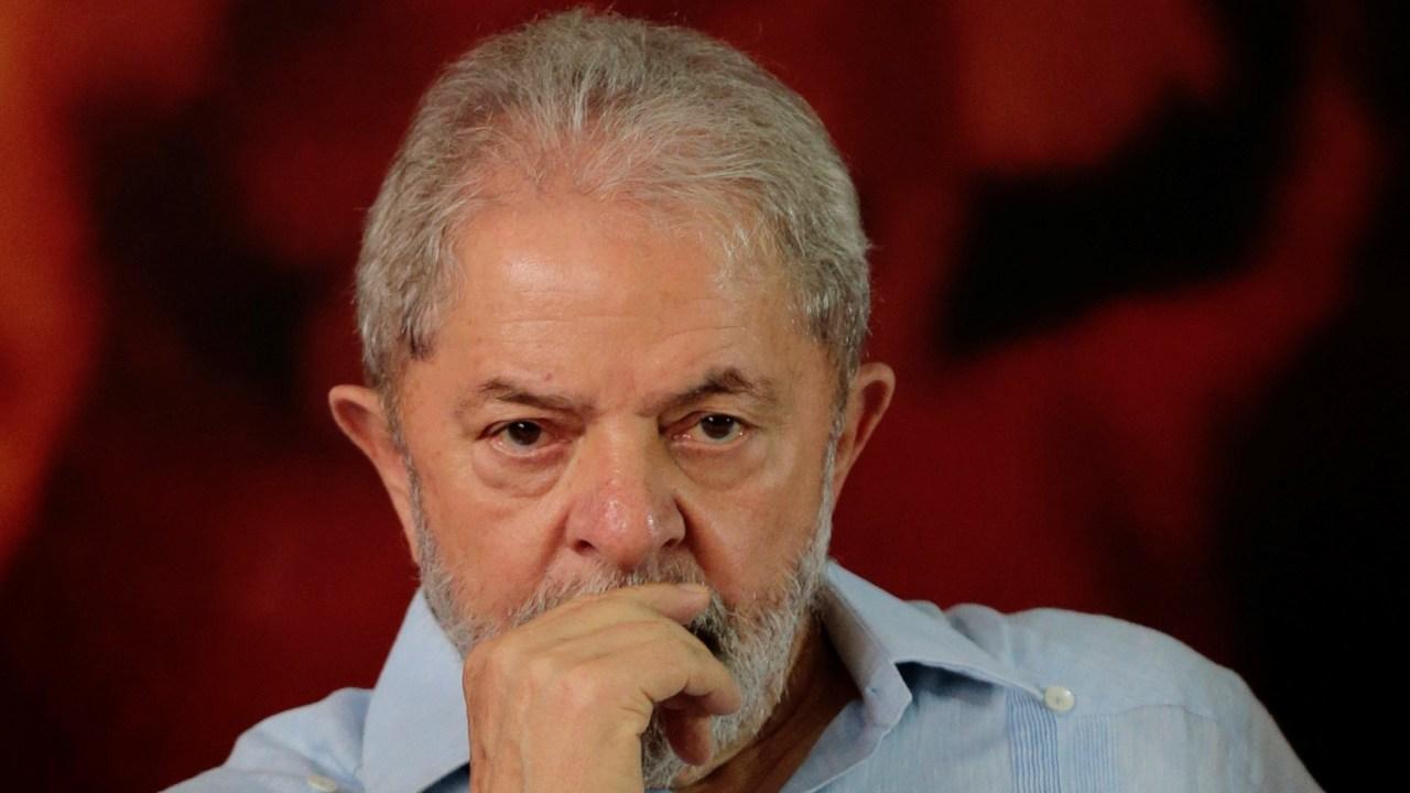 Brasilenos consideran que Lula debería ir a la cárcel