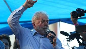 Lula da Silva promete continuar política brasileña que muera
