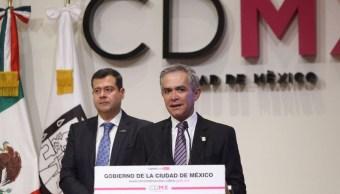 Mancera niega distanciamiento con coalición 'Por México al Frente'