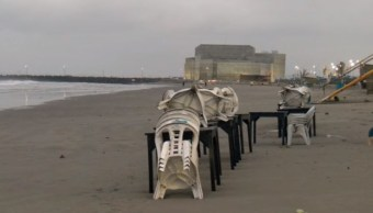 Marejada afecta a palaperos y playa de Santa Ana