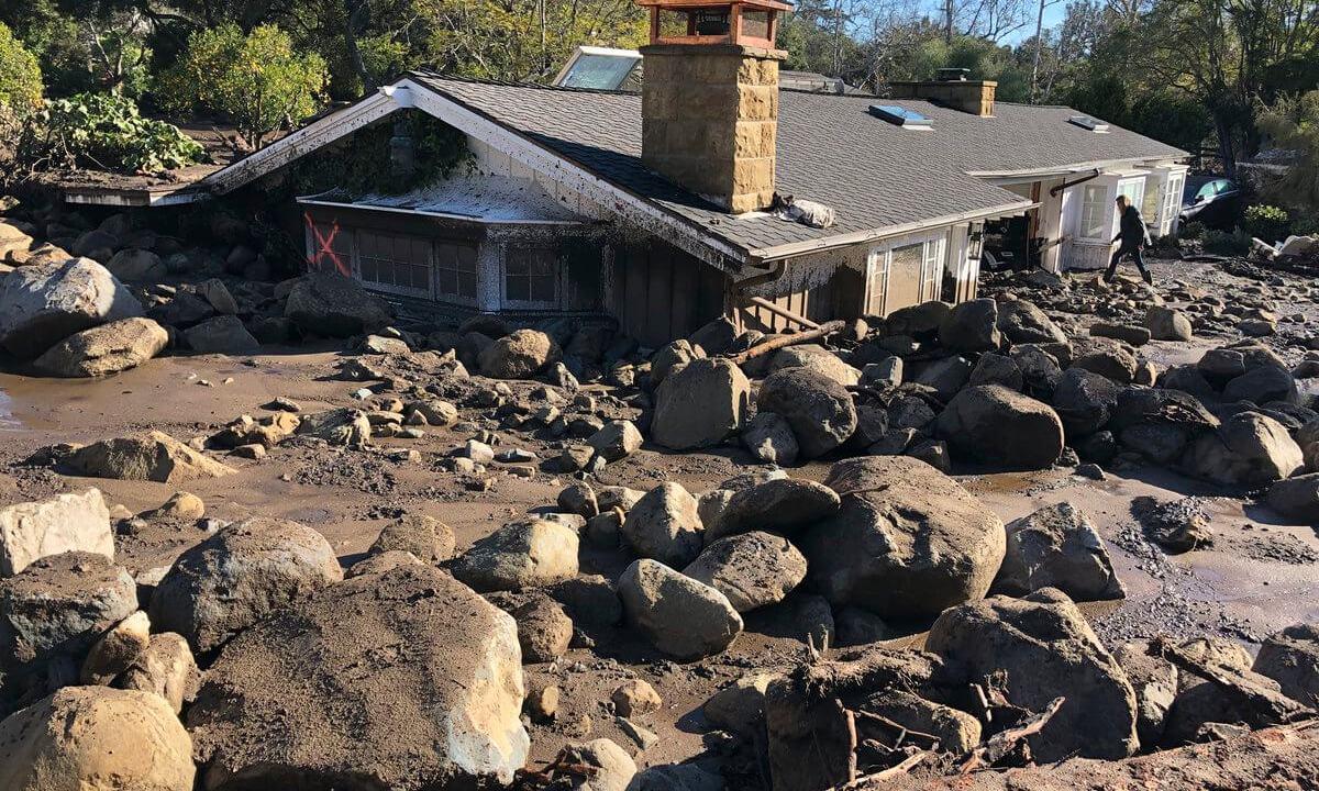 Van 17 muertos devastadores deslaves California
