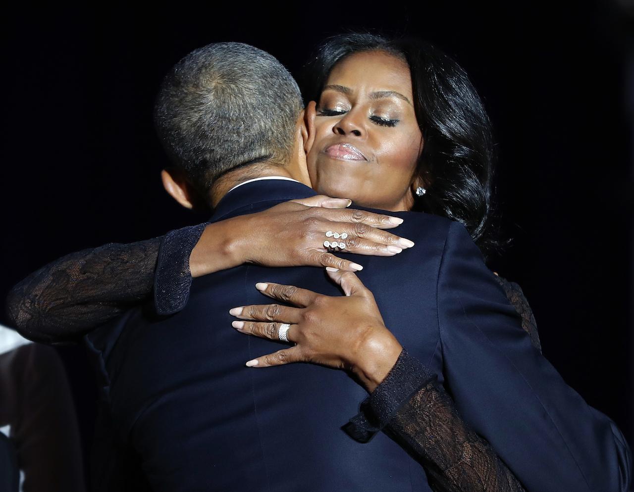Barack agasaja a Michelle por su cumpleaños