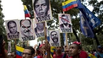 Diálogo en Venezuela está 'moribundo' por adelantar elecciones, dice opositor