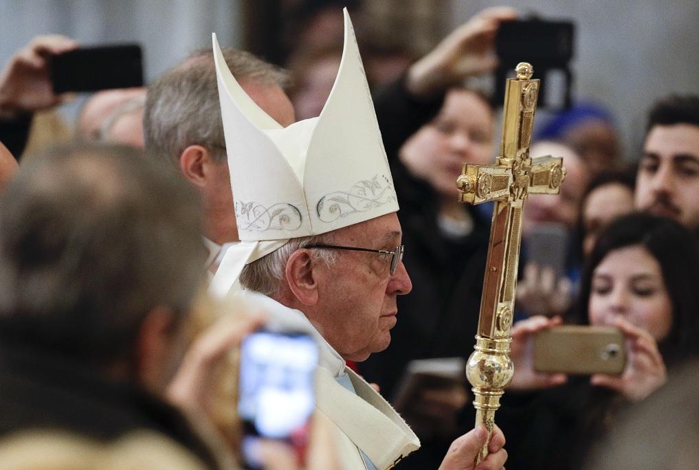 El Papa condena la indiferencia hacia el Holocausto