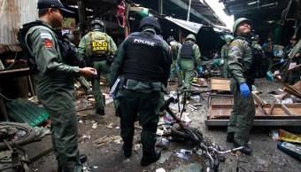 Atentado con moto-bomba en mercado de Tailandia deja tres muertos