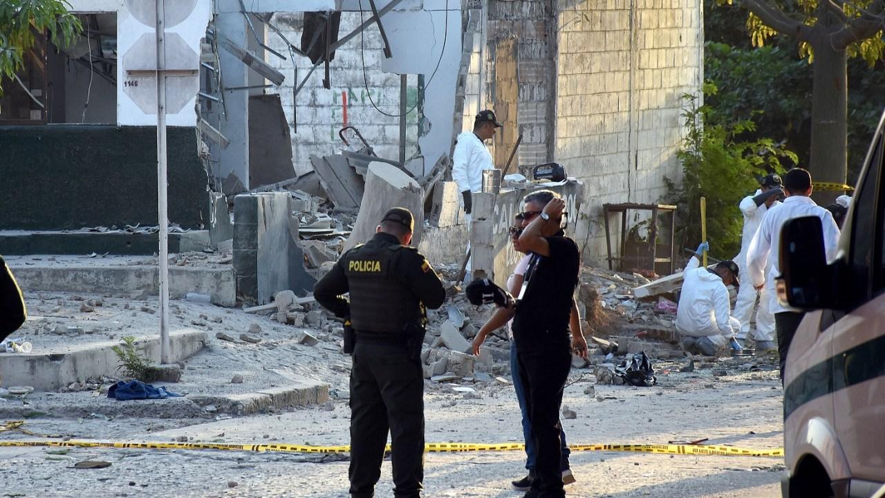 Gobierno colombiano acusa al ELN de los tres atentados contra policías