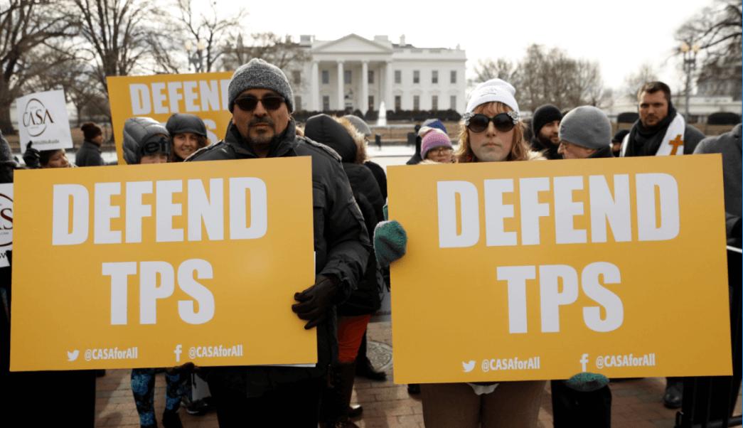 Protestas en Washington contra la cancelación del TPS para los salvadorenos