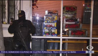 Realizan operativo contra mercancía ilegal en negocio de Insurgentes Norte, CDMX