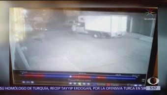 Roban camioneta de carga en Atizapán, Edomex