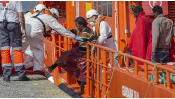 Servicios de emergencia ayudan a migrantes en Espana