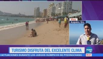 Turismo disfruta del excelente clima en Acapulco
