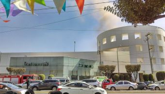 Se registra un incendio en Plaza Universidad