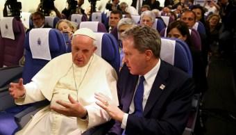 Aterriza avión del papa en Roma; concluye visita a Sudamérica