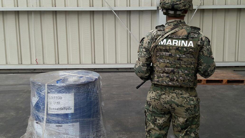 Aseguran químico ilegal para fabricar droga sintética en Colima