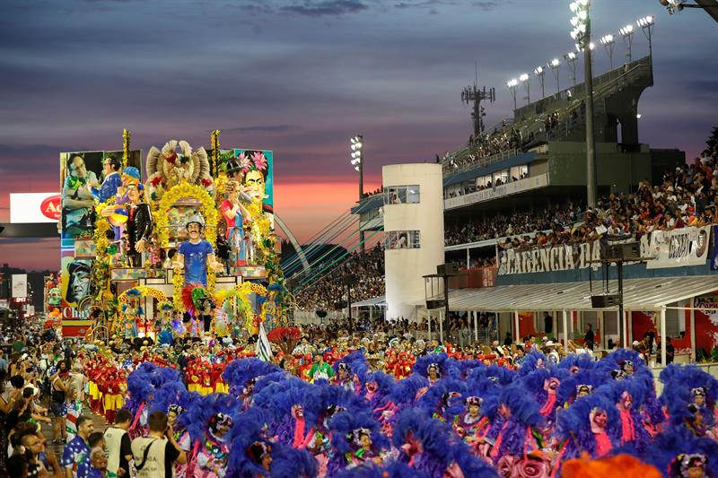 Realizan homenaje a México durante Carnaval de Sao Paulo, Brasil