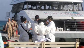 Investigan causas de explosión en ferry en Playa del Carmen, Quintana Roo
