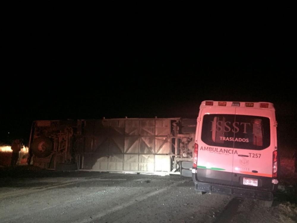 Camionazo en la Vía Corta a Parral: 2 muertos y 48 heridos