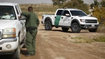 Agentes de ICE arrestan a 145 migrantes en Texas