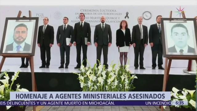 AIC realiza homenaje a dos agentes presuntamente levantados por el CJNG