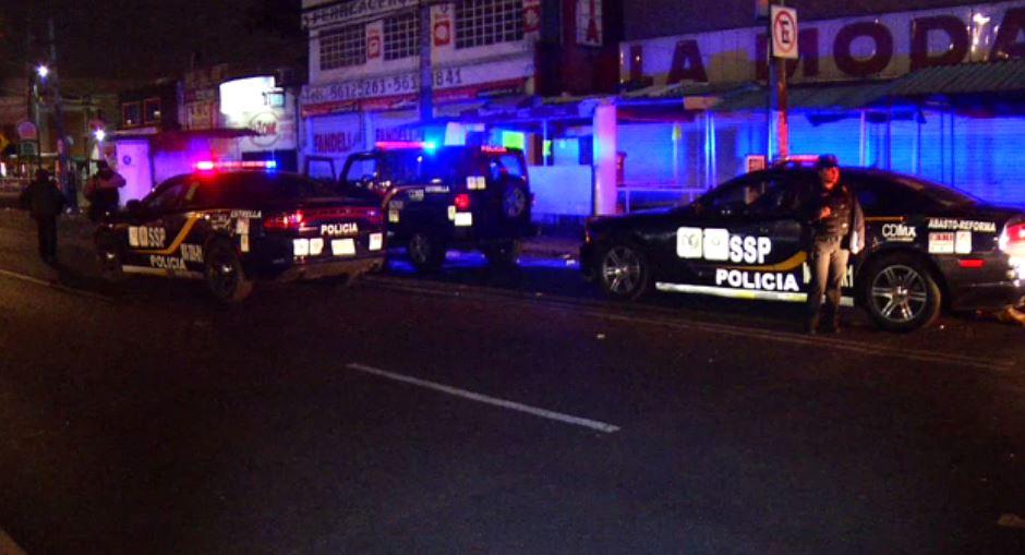 Atropellan a dos policías en punto de revisión ubicado en Iztapalapa