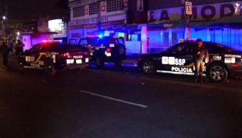 Motociclista atropella a policías para evadir alcoholímetro en Ermita, Iztapalapa