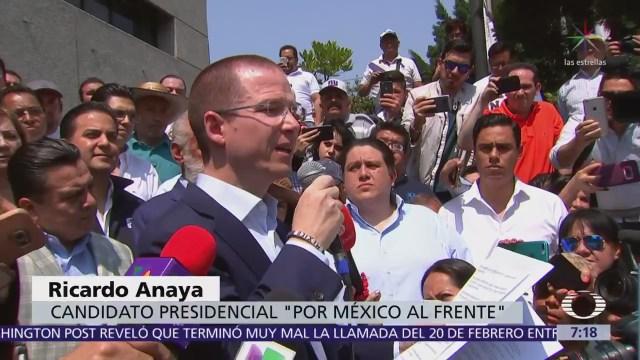 Anaya acudió a PGR para exigir información sobre investigación por lavado de dinero
