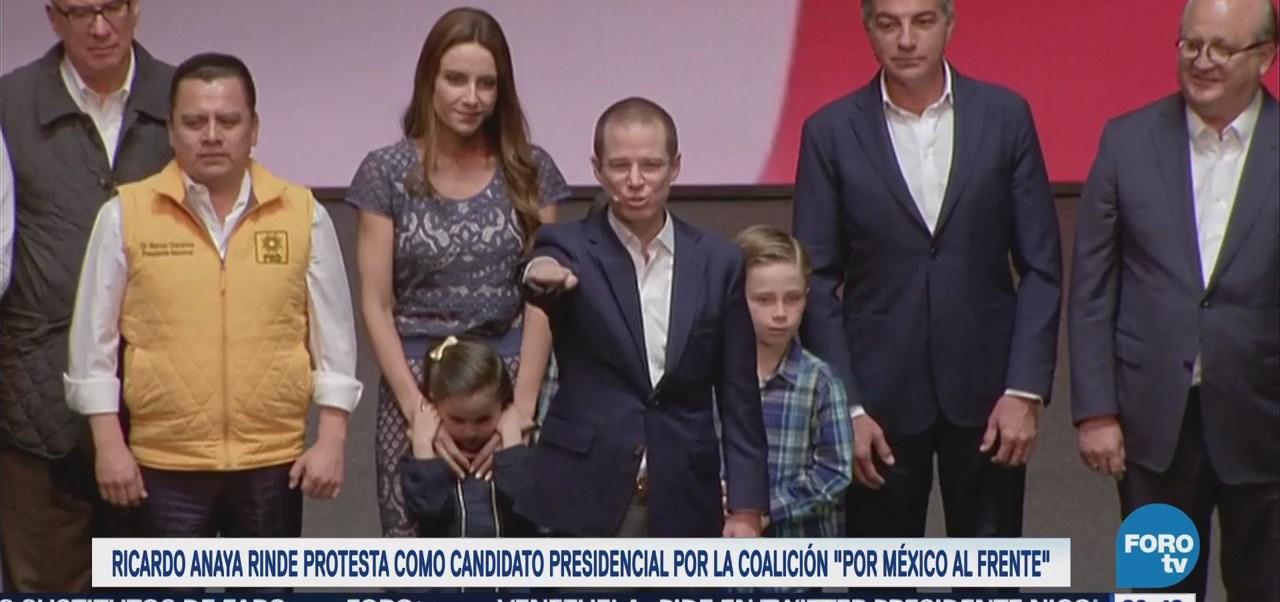 """Anaya rinde protesta como candidato presidencial por coalición """"Por México al Frente"""""""
