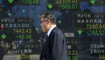 Japón desestima consecuencias por el desplome de mercados