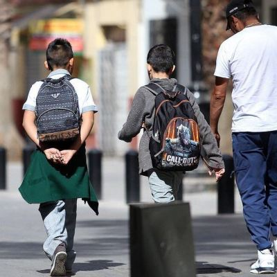 Alertan sobre compartir en redes sociales fotos de niños en regreso a clases