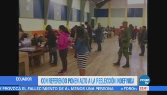 Con referendo ponen alto a la reelección indefinida en Ecuador