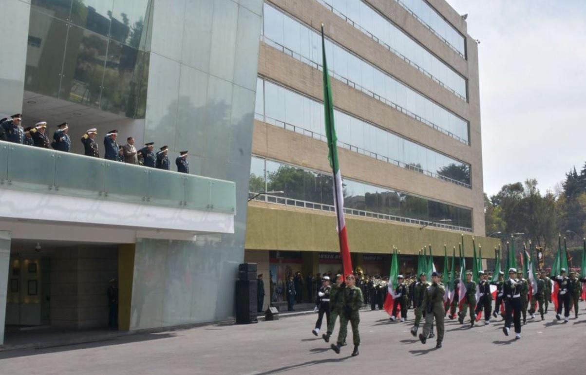 Cienfuegos recibe a secretario de Defensa de Honduras