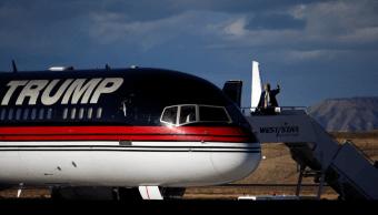 Medios: Trump piensa nominar a piloto personal para dirigir Aviación EU