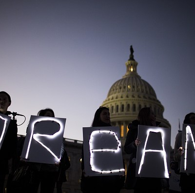 Pelosi rechaza pagar muro de Trump a cambio de ayudar a 'dreamers'