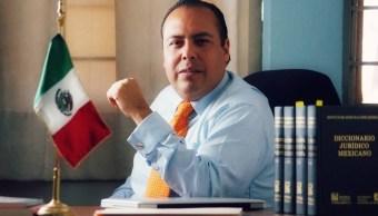 Aspirante a candidato independiente acusa al INE de obstruir su registro