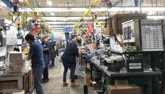 Empleo en Estados Unidos aumenta más de lo previsto en enero
