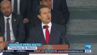 Encabeza Peña Nieto celebración por el Día de la Bandera