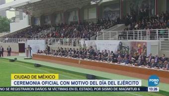 General Cienfuegos reitera apoyo a familias de las víctimas en Jamiltepec, Oaxaca