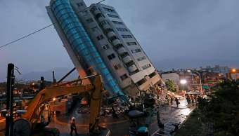 Nuevos sismos y replicas complican labores rescate Taiwán