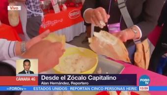 Imparten taller de elaboración de tamales en el Zócalo CDMX