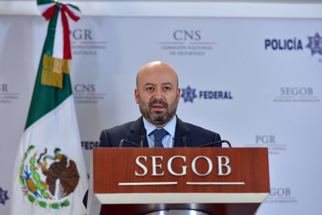 PGR investiga aparición de mantas en la CDMX: Renato Sales