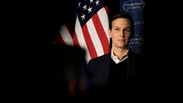 Kushner obtuvo préstamos millonarios recibir ejecutivos Casa Blanca